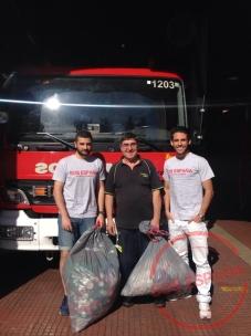 sos_españa_entra_tapones_bomberos_ayudan